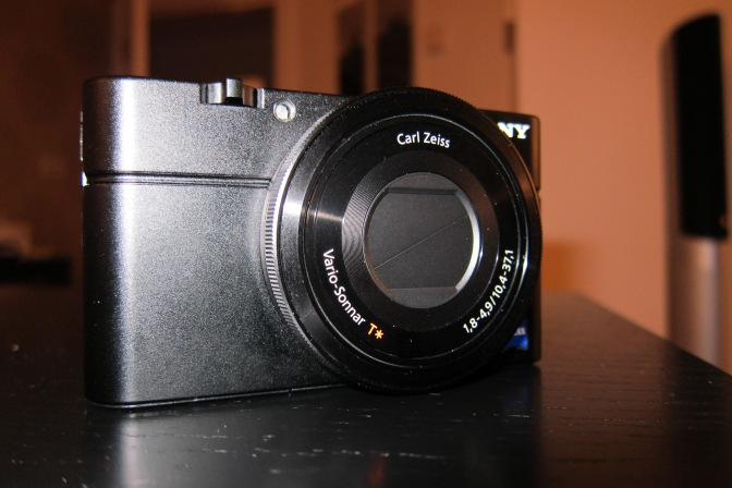 The Sony DS-RX100