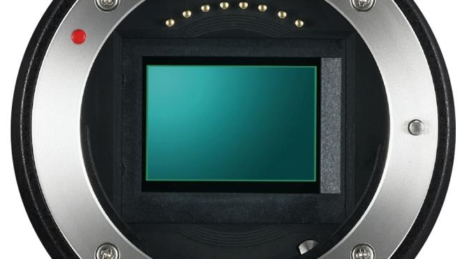 SNR in Digital Cameras in 2020